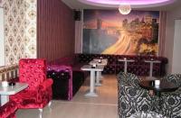 Дизайнерски дивани за заведение