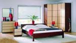 Спалня по индивидуален проект с ъглов гардероб с четири врати - цвят махагон