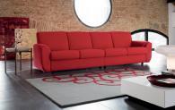 Червен модерен италиански диван