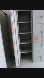 Метални гардероби с наличности на склад